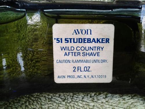 avon-studebaker-1951-bottom